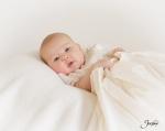 -Saint-Louis-Studio-Baby-Portrait-Photographer-04