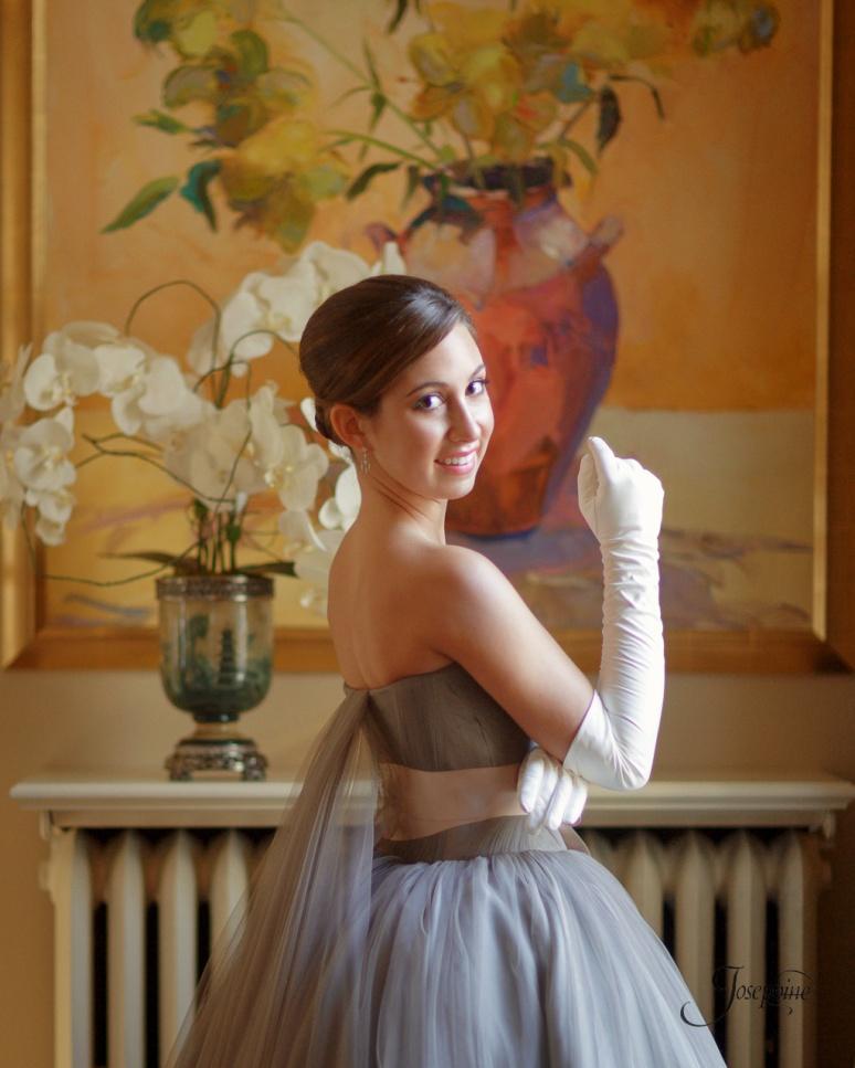 -Saint-Louis-Elegant-Debutant-Portrait-Photographer-Veiled-Prophet-03-