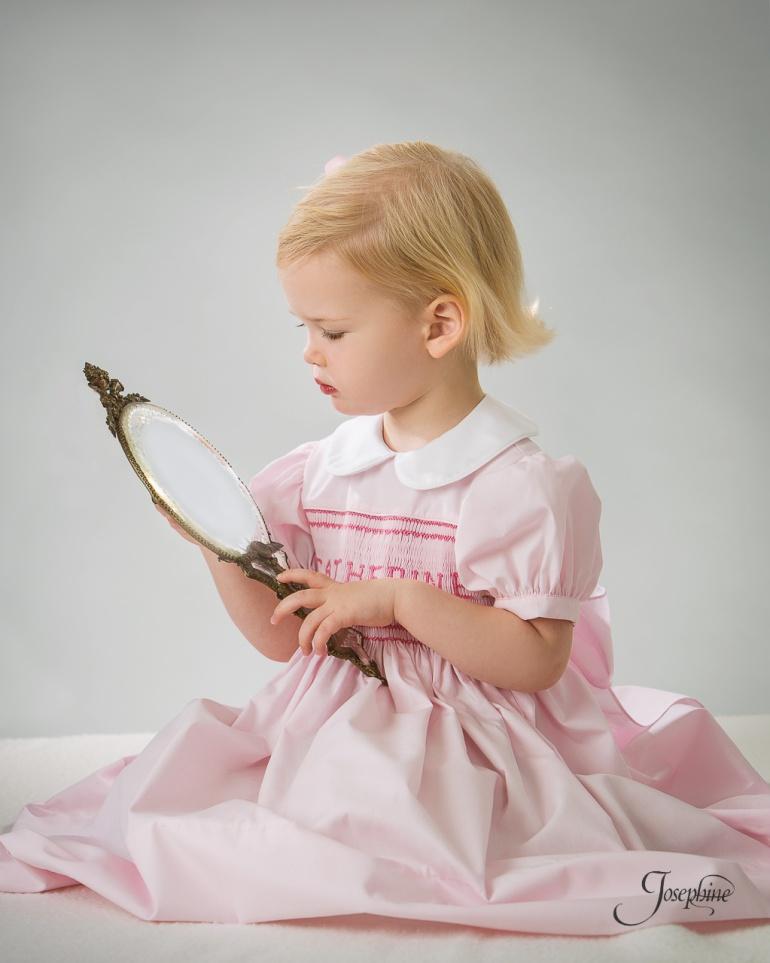 -Saint-Louis-Child-Girl-Portrait-Studio-Photographer--4