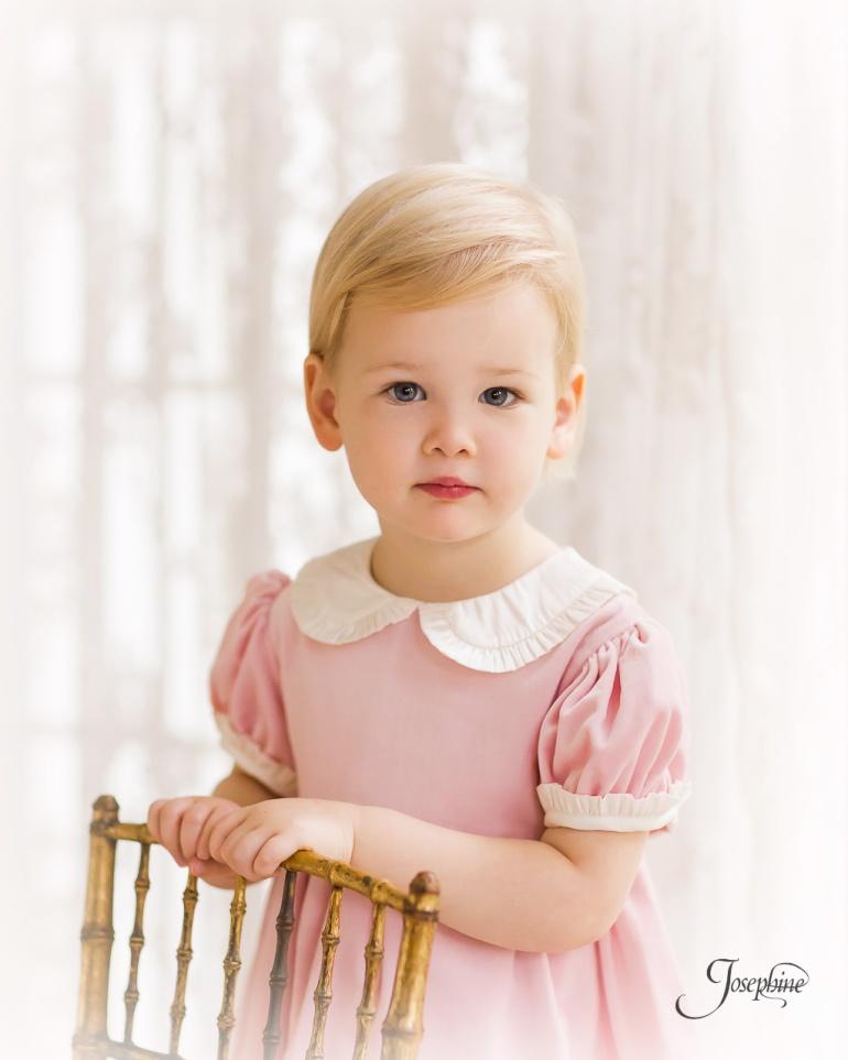 -Saint-Louis-Child-Girl-Portrait-Studio-Photographer--5