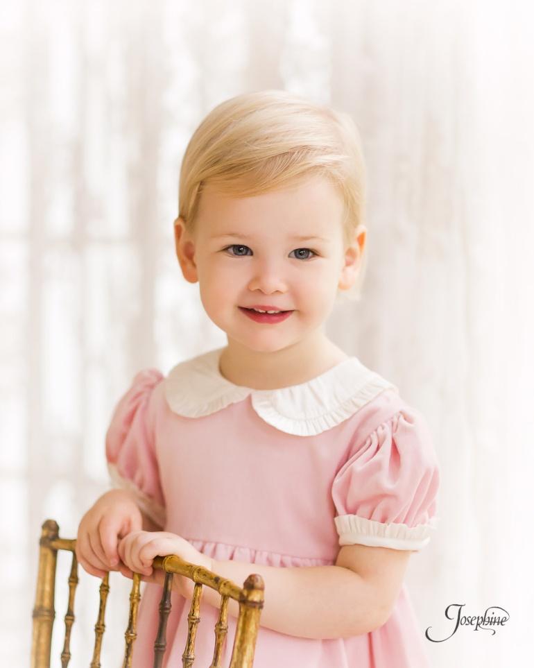 -Saint-Louis-Child-Girl-Portrait-Studio-Photographer--6