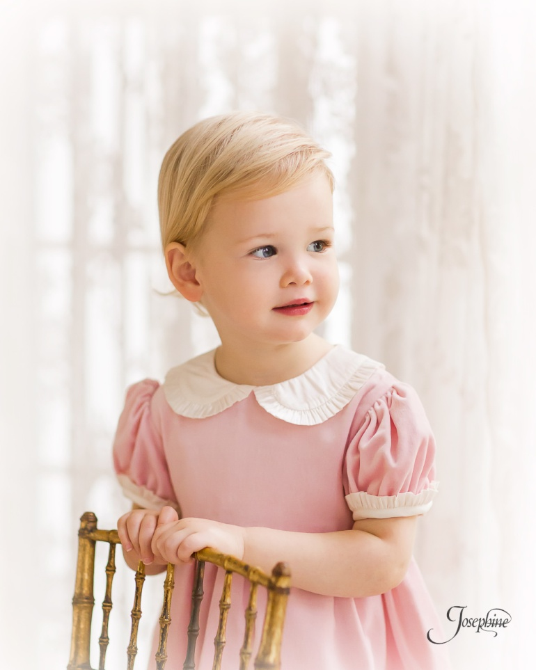 -Saint-Louis-Child-Girl-Portrait-Studio-Photographer--8