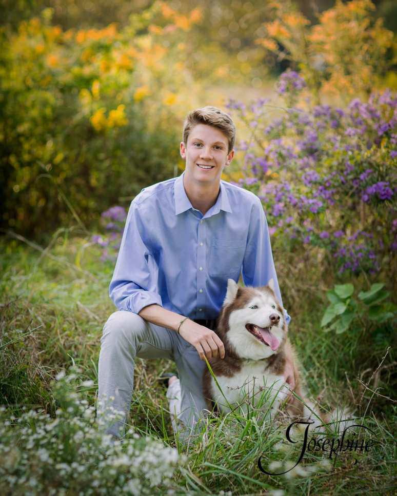 saint-louis-senior-portrait-photographer-john-burroughs-forest-park-with-dog-2