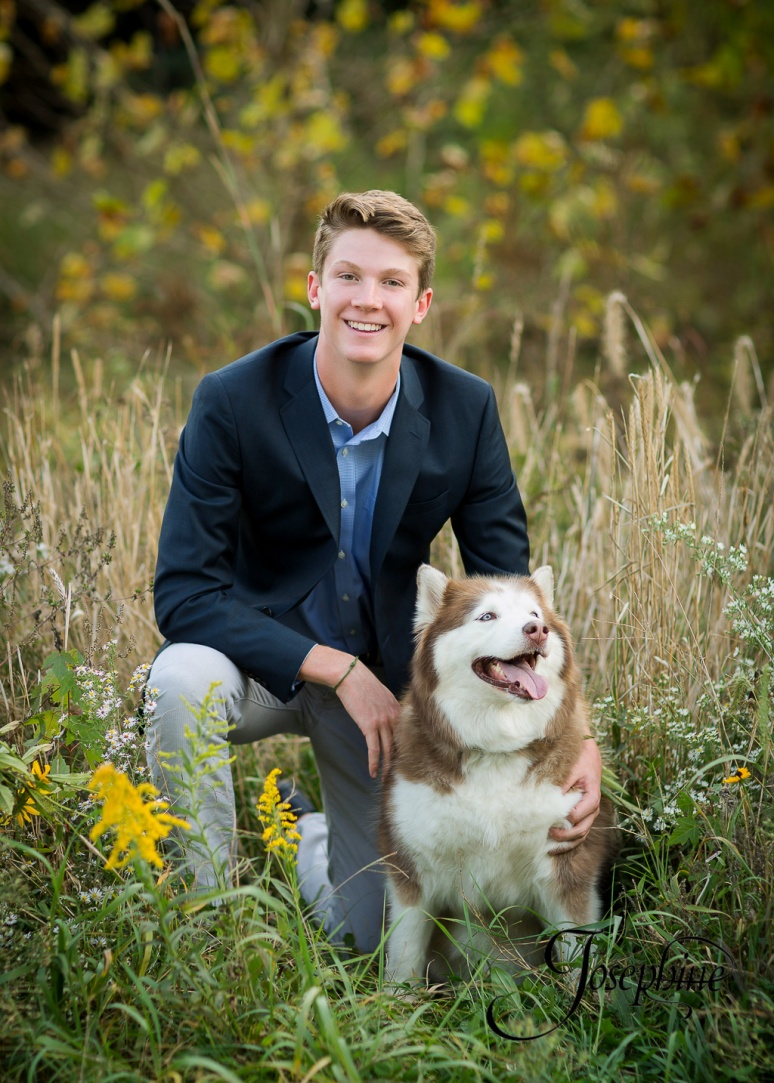 saint-louis-senior-portrait-photographer-john-burroughs-forest-park-with-dog-5